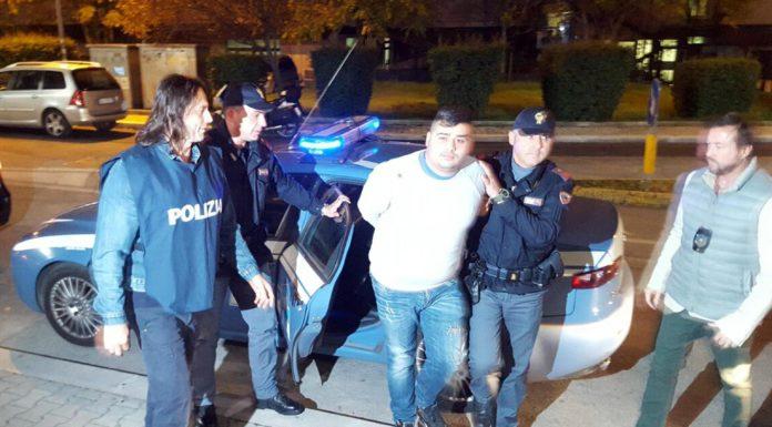 """L'arresto di un baby killer della """"paranza dei bambini"""""""