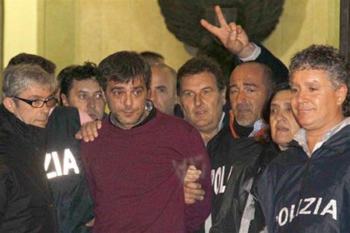 Antonio Iovine al momento della cattura