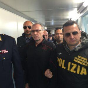 Pasquale Scotti al momento del suo arresto