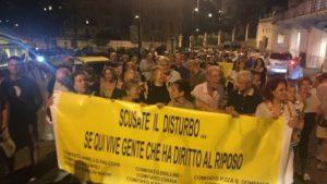 La protesta dei residenti del Vomero