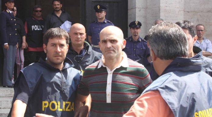 Raffaele Amato al momento del suo arresto