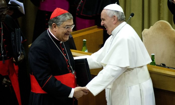 Papa Francesco non manda in pensione il Cardinale Sepe