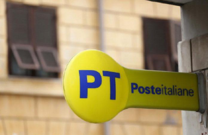 Portici, tenta di aprire un conto alle poste con documenti falsi: arrestato