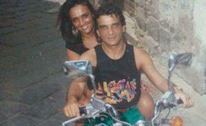 L'ex boss Luigi Giuliano e la moglie Carmela Marzano tra i vicoli di Forcella