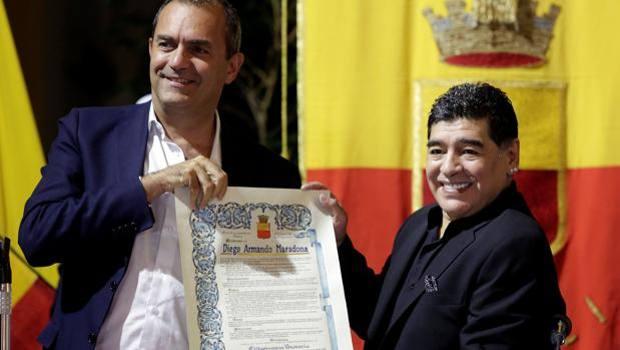 Alberto Angela cittadino onorario Napoli, ok di de Magistris