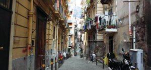 Uno scorcio dei Quartieri Spagnoli