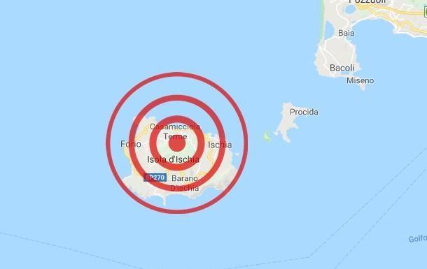 scossa terremoto ischia danni