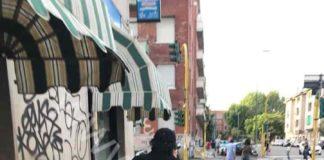 Calcutta nei pressi del palco dove si esibirà Liberato