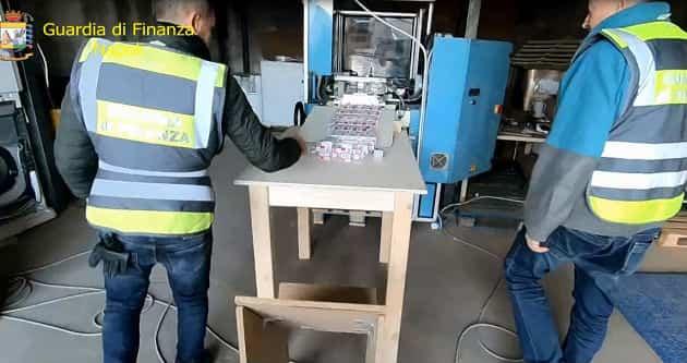 sigarette contrabbando fabbrica acerra