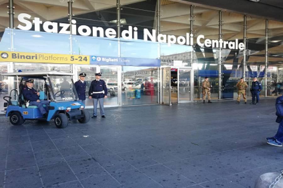 Rissa tra nigeriani all'esterno della Stazione Centrale di Napoli, 4 arresti