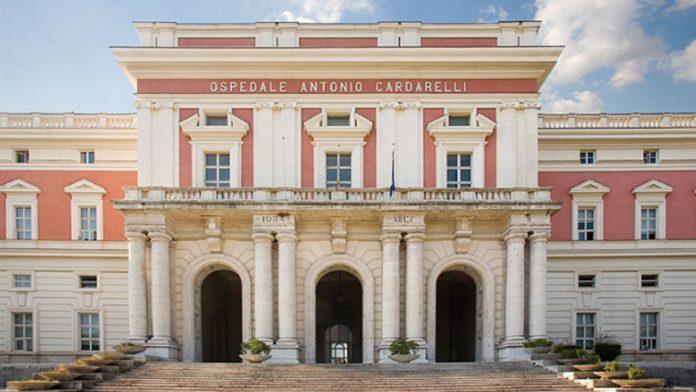 Ospedale Cardarelli, giovane si suicida lanciandosi nel vuoto