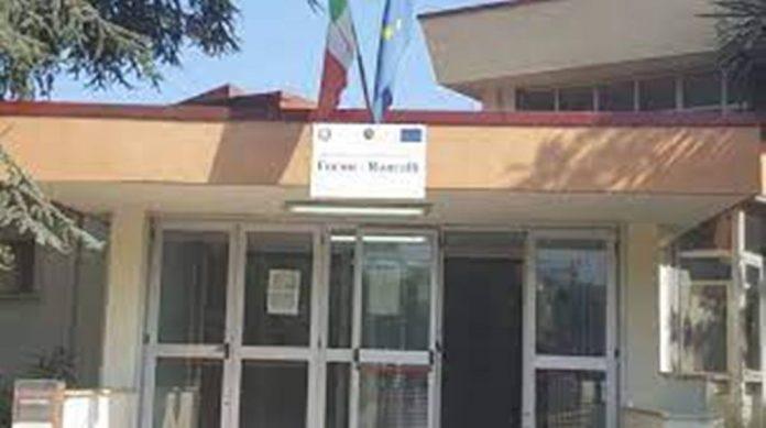 Una immagine del plesso scolastico Ungaretti-Roncalli di Gragnano