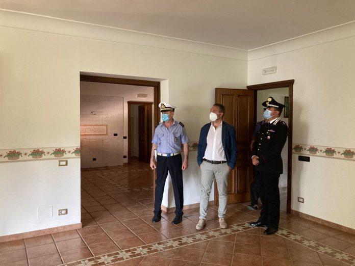 Il sindaco di Quarto Antonio Sabino denuncia minacce per la gestione dei beni confiscati