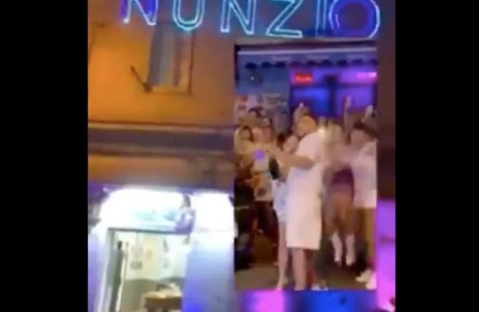 Gender reveal party a Napoli